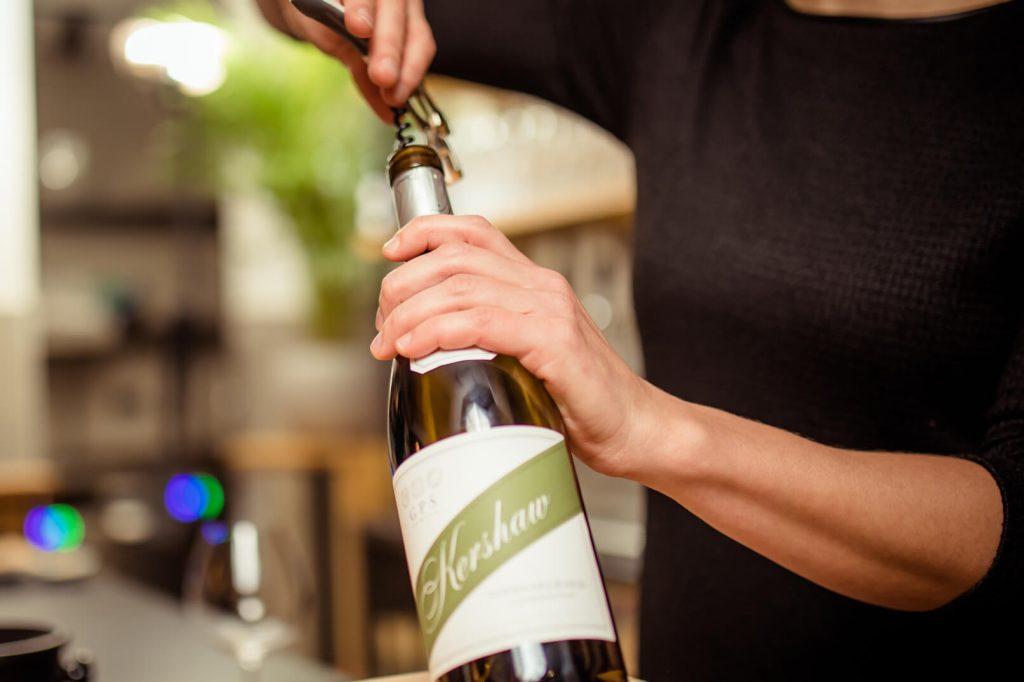 Fles wijn openen