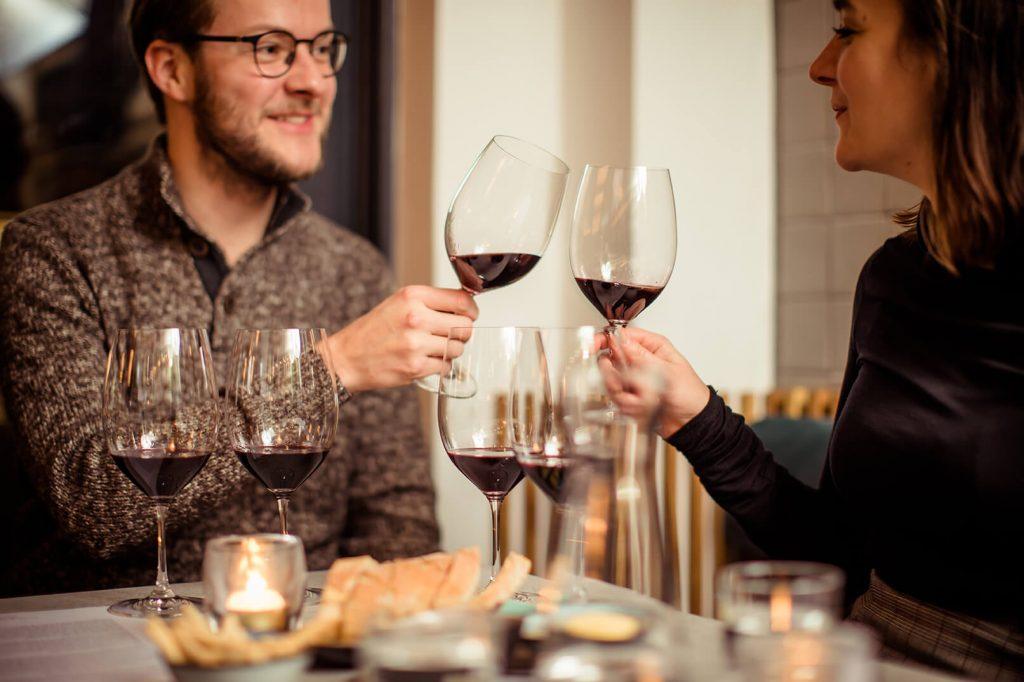 Toosten bij Wijn bij Arentz